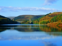Howden Dam, Upper Derwent in the Peak District with PH Holidays